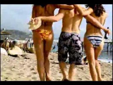Publicité de Budweiser – La cruise sur la plage…