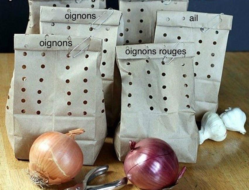 Le meilleur truc pour conserver l'ail et les oignons pendant longtemps